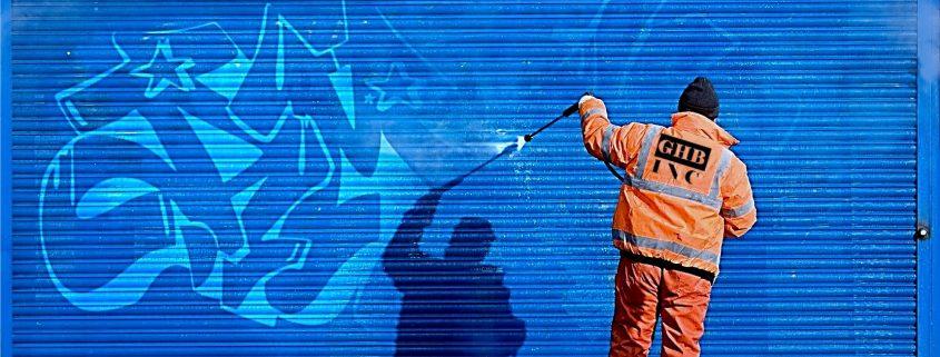 Removing graffiti easily with anti graffiti coating new zealand
