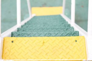 Anti slip paint for metal surfaces on stairs